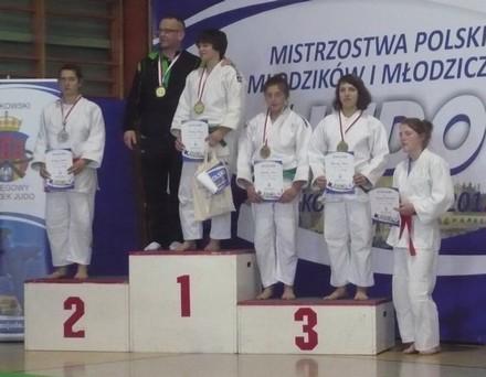 podium-aga-krakw.jpg