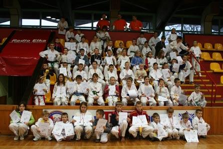 051127teakwondo2.jpg